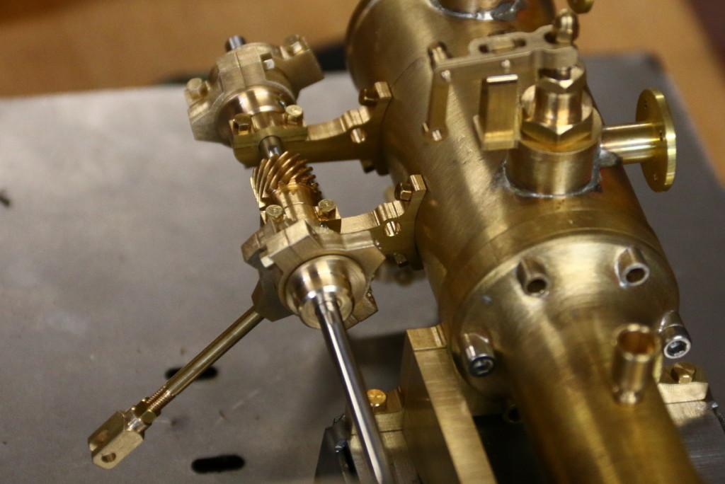 fliehkraftregler-steuerung-dampfmaschine