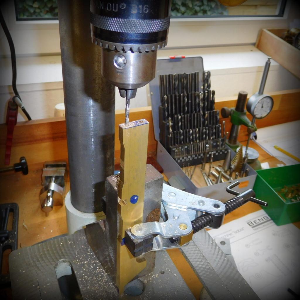 gestell-dampfmaschine-bohren-modellbau