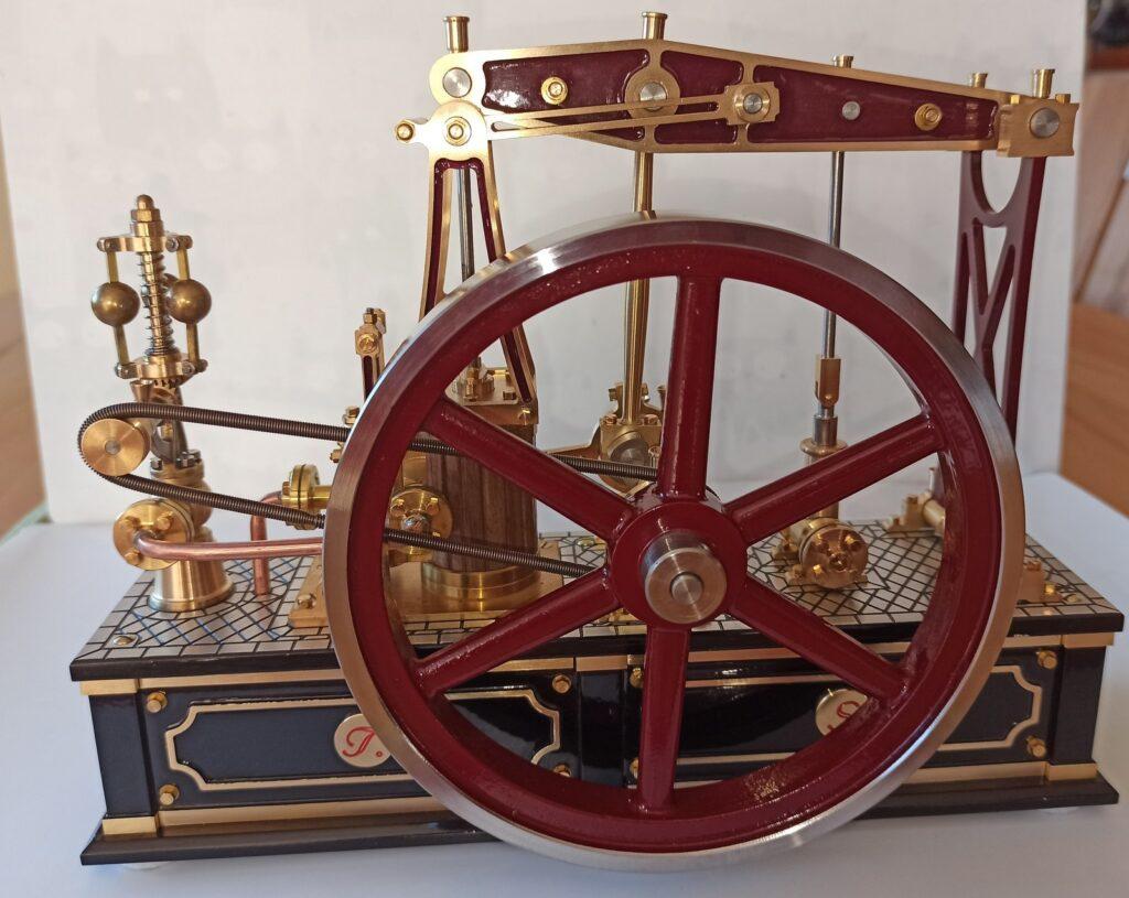 Die Halbbalancier Dampfmaschine Grasshopper von Bengs Modellbau