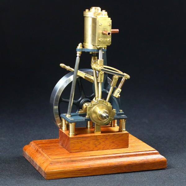Dampfmaschine Leni mit Umsteuerung
