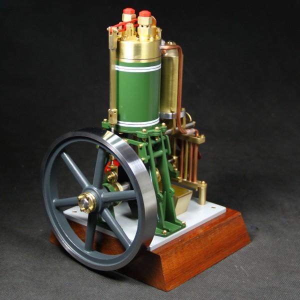 Stehender Flammenfresser Lutz von Bengs Modellbau