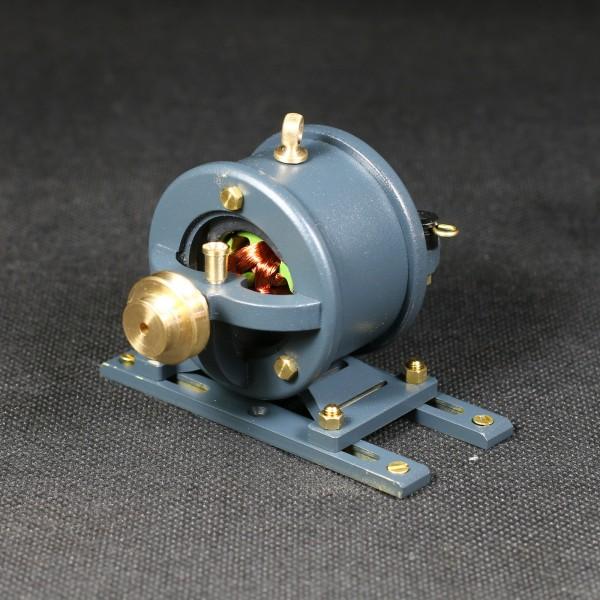 Ein funktionsfähiger Dynamo als Antriebsmodell